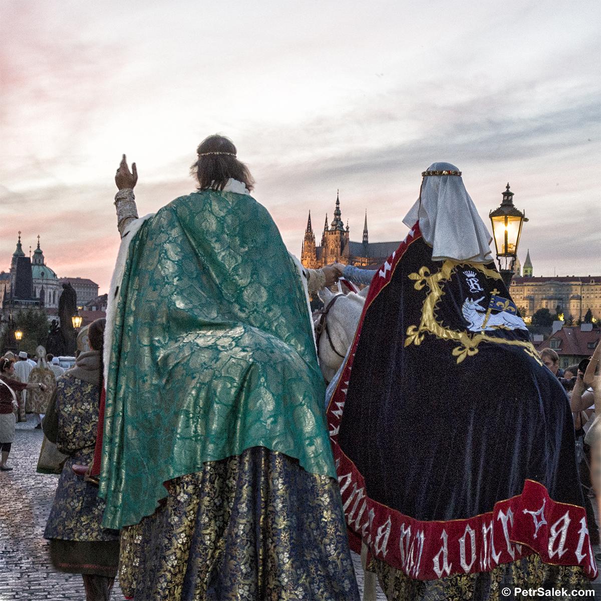 KORUNOVAČNÍ SLAVNOSTI V PRAZE k příležitosti výročí 700 let od narození Karla IV. Lucemburského, krále Zemí koruny České a císaře Svaté říše Římské