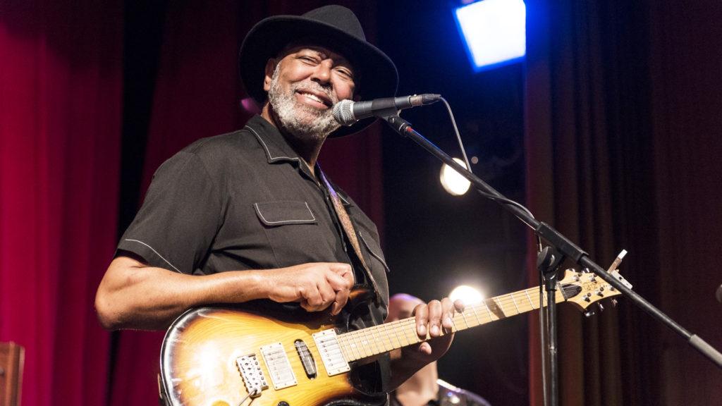 Bluesman Zac Harmon a jeho band přivezli Mississippi do Ústí nad Labem