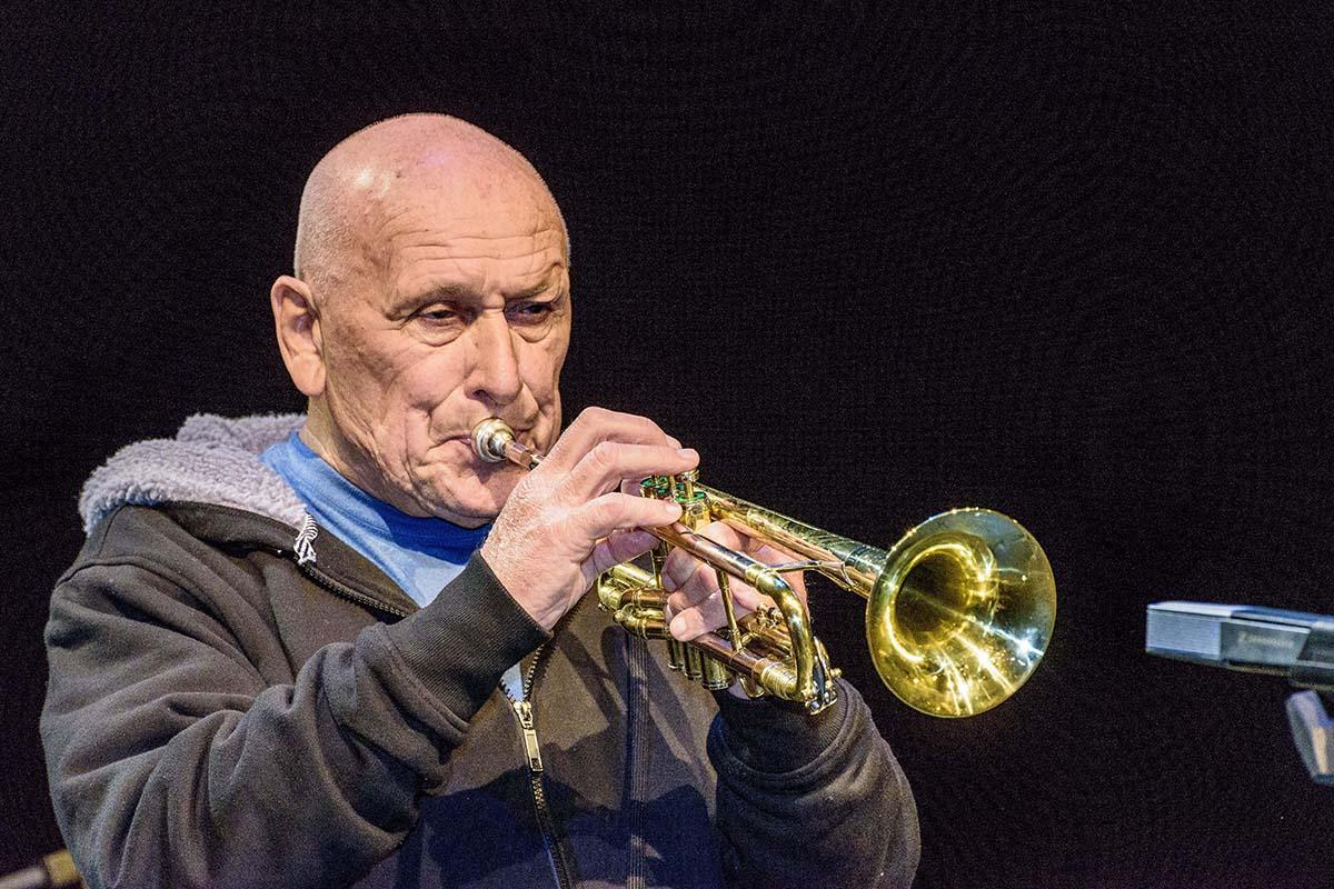 Laco Deczi oslavil své osmdesátiny velkým koncertem