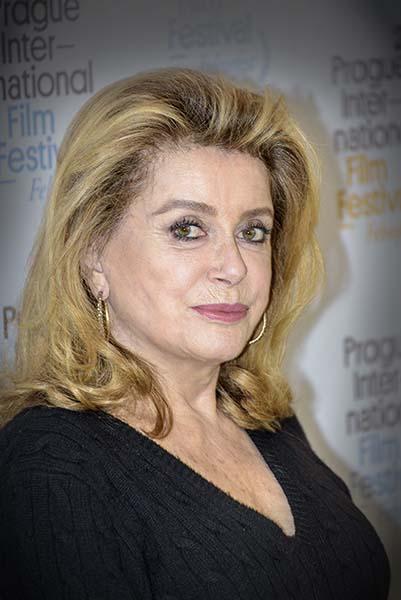 Catherine Deneuve přijela do Prahy na závěr filmového festivalu Febiofest